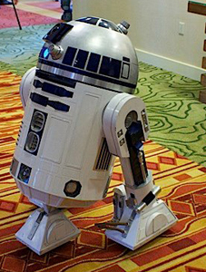 photo of an R2D2 unit at StarFest 2012